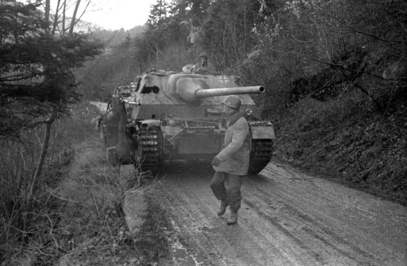 САУ «Ягдпанцер» IV - истребитель танков