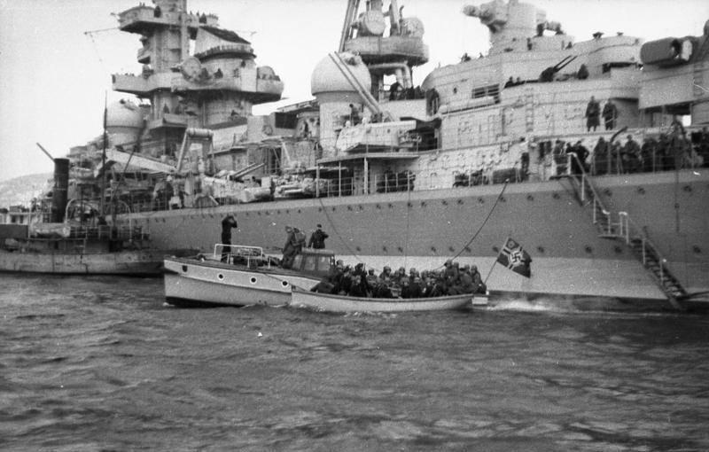 Вторжение немцев в Данию и Норвегию
