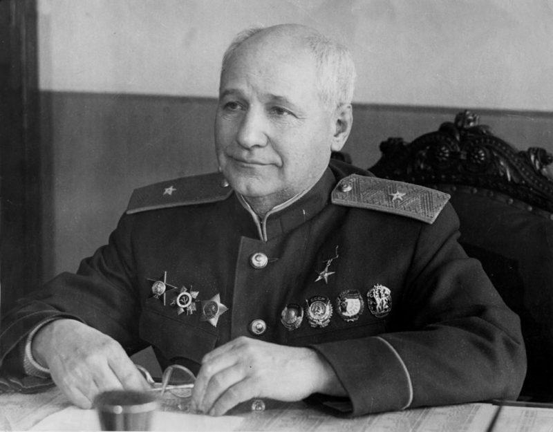 Андрей Туполев - организатор авиационной промышленности СССР