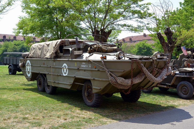 Автомобиль-амфибия GMC DUKW-353