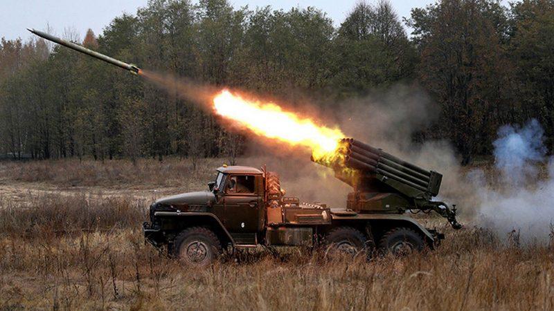 Реактивные системы залпового огня БМ-21 и БМ-24