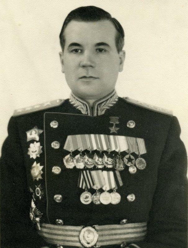 Митрофан Неделин - ракетный маршал