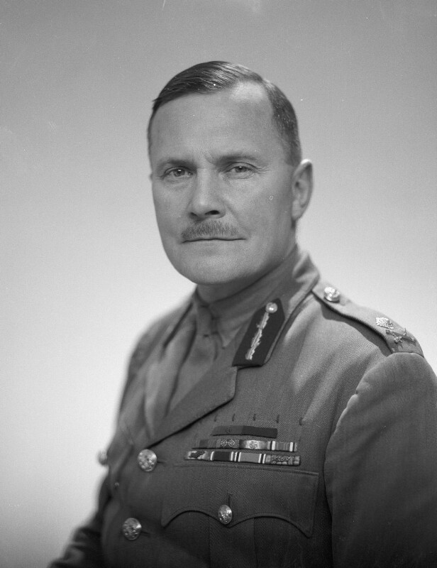 Бернард Фрейберг - «Саламандра» Уинстона Черчилля