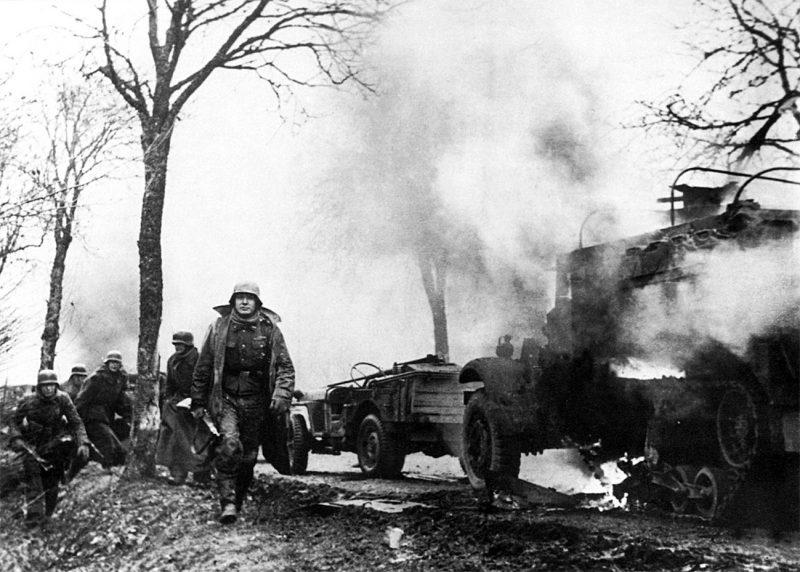 Арденнская операция 1944-1945 годов - осада Бастони