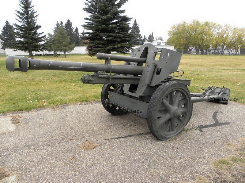 105-мм гаубица leFH 18 - основное оружие Второй мировой
