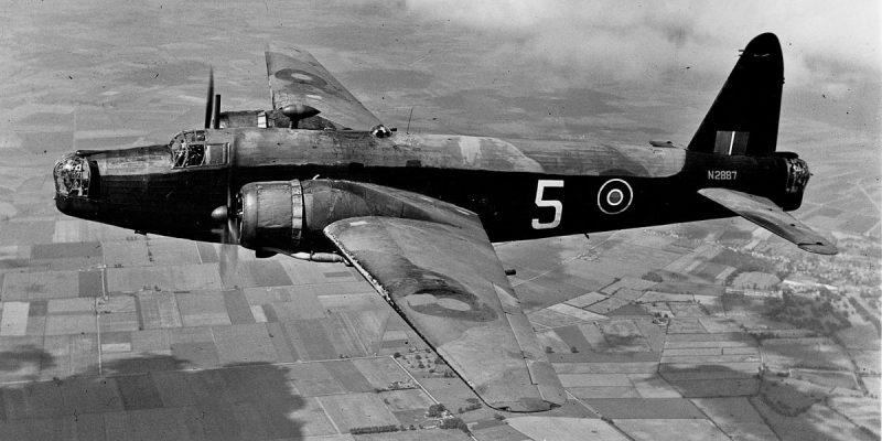Средний бомбардировщик Виккерс «Веллингтон»