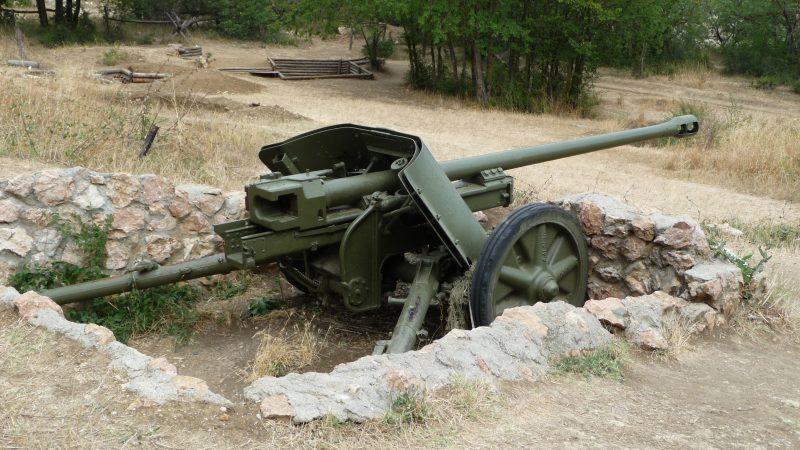 50-мм пушка Pak 38 - «средняя» противотанковая