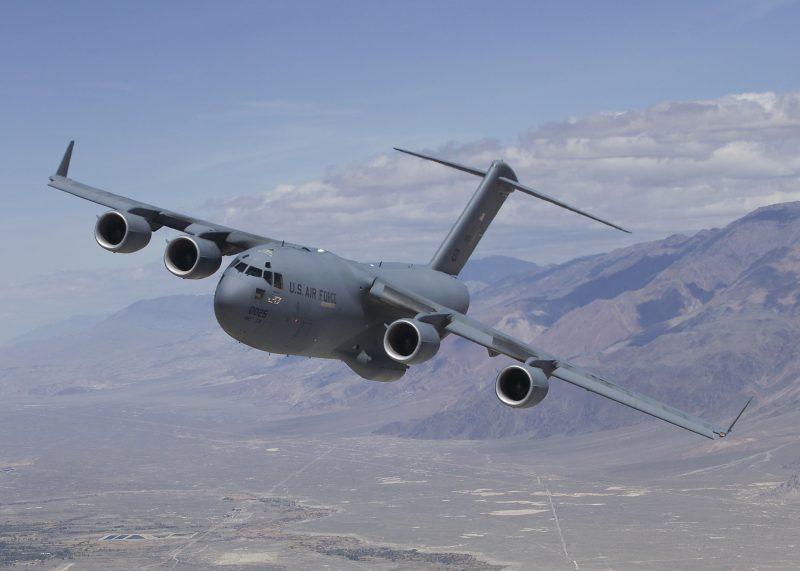 Тяжелый военно-транспортный самолет Боинг C-17 «Глоубмастер» III