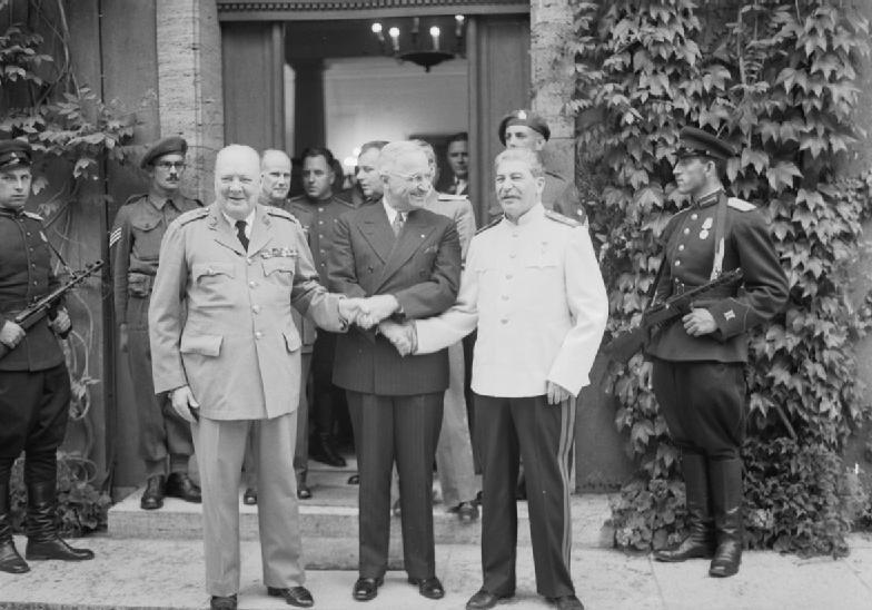 Капитуляция Германии. Потсдамская конференция