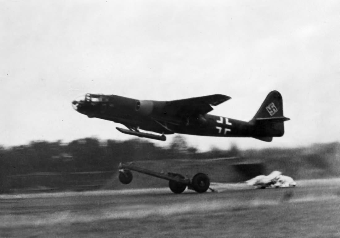 Арадо Ar 234 «Блиц» - первый реактивный бомбардировщик опередивший время