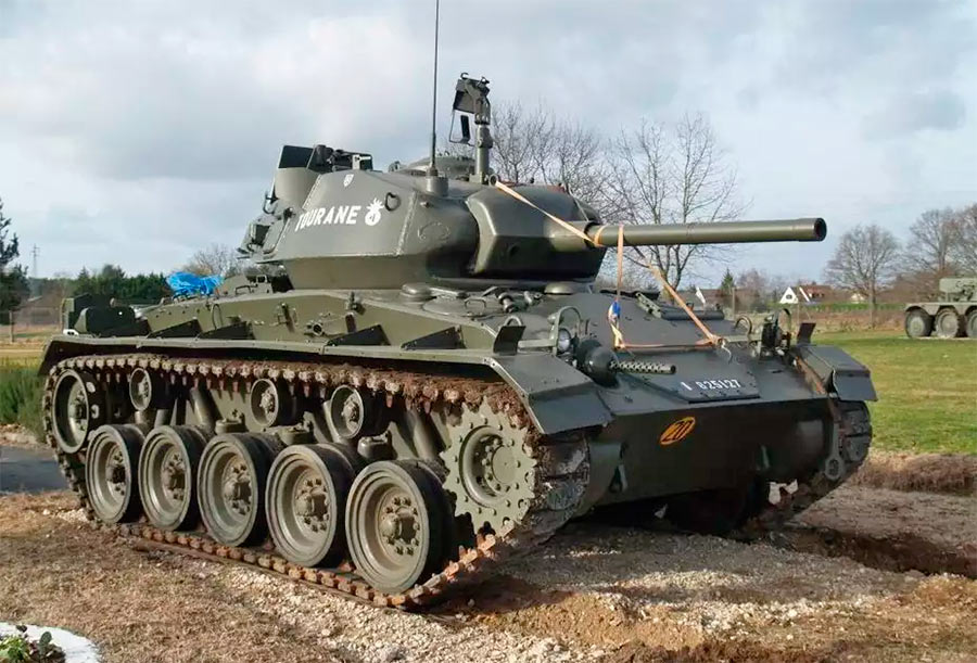 Легкий танк М24 «Чаффи»