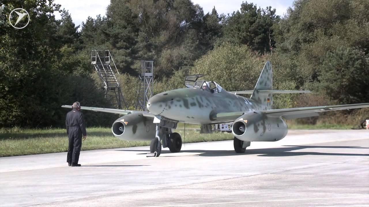 Мессершмитт Me 262 - первый турбореактивный истребитель, пошедший в бой