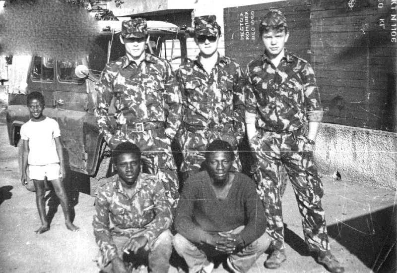 СССР в Мозамбике - мы им армию с нуля, а они нам простили... свой долг
