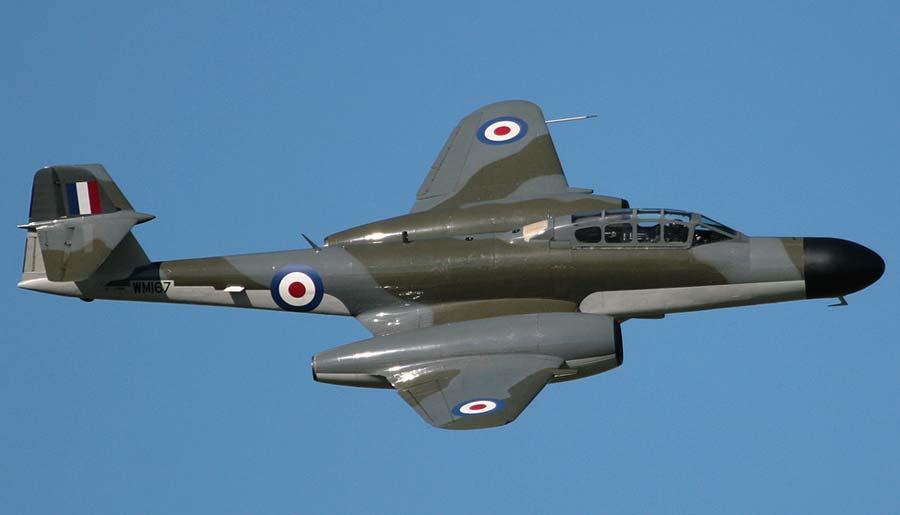 Глостер «Метеор» - первый британский реактивный истребитель