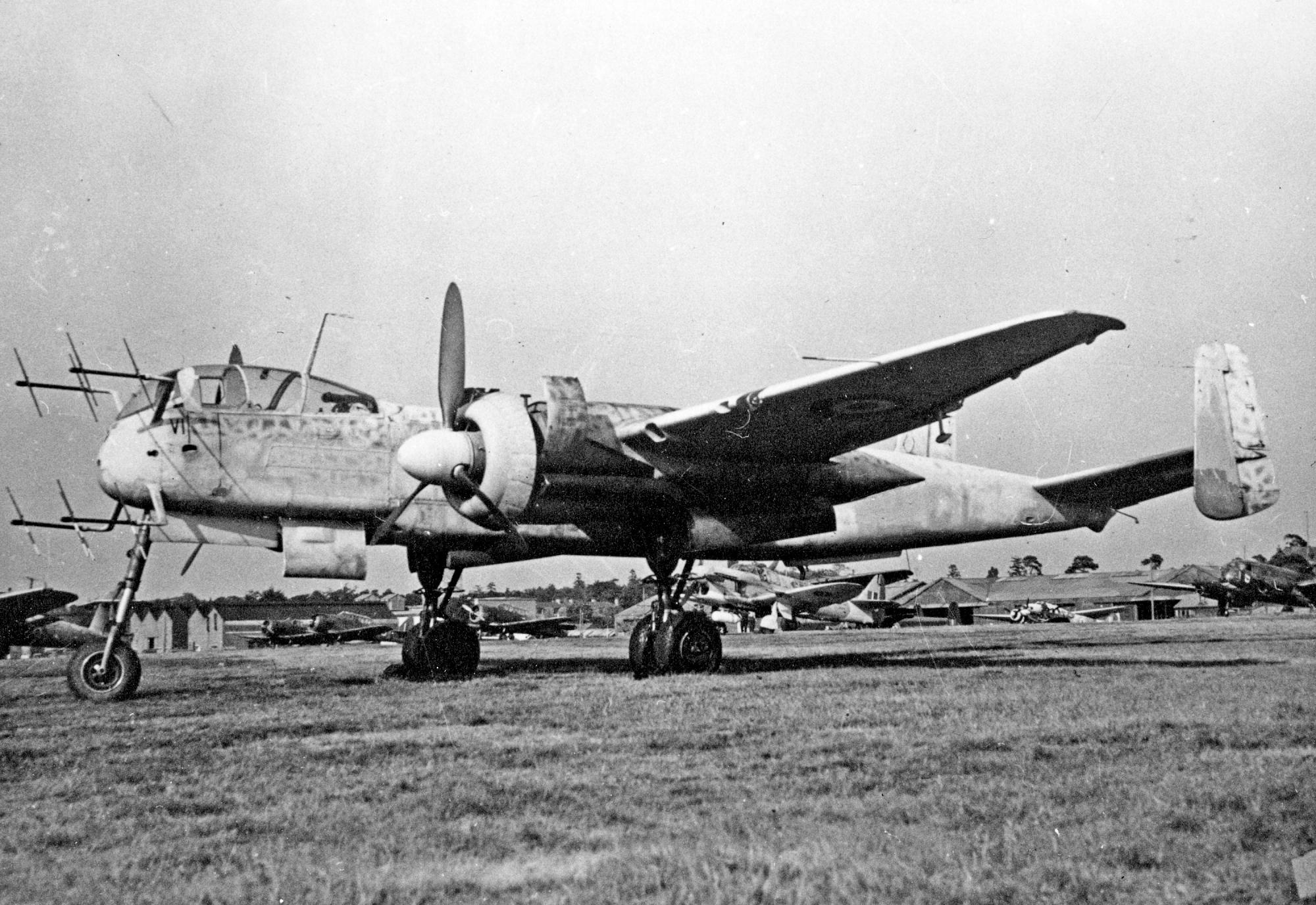 """Немецкий истребитель Heinkel Не 219 """"Uhu"""""""