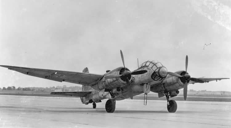 "Немецкий истребитель Junkers Ju 388 J ""Stertebekker"""