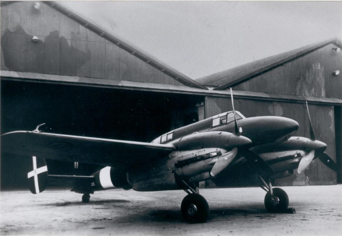 Итальянский истребитель I.M.A.M. Ro.58