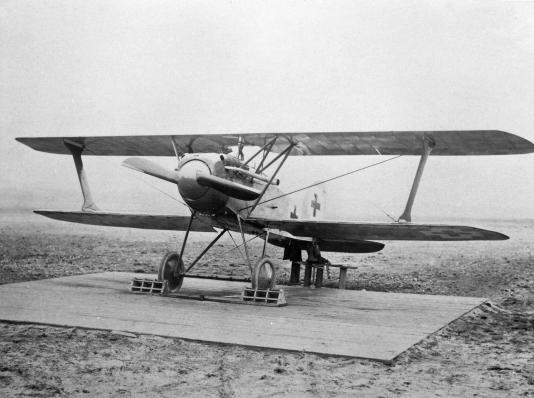 Германский истребитель Albatros D.X