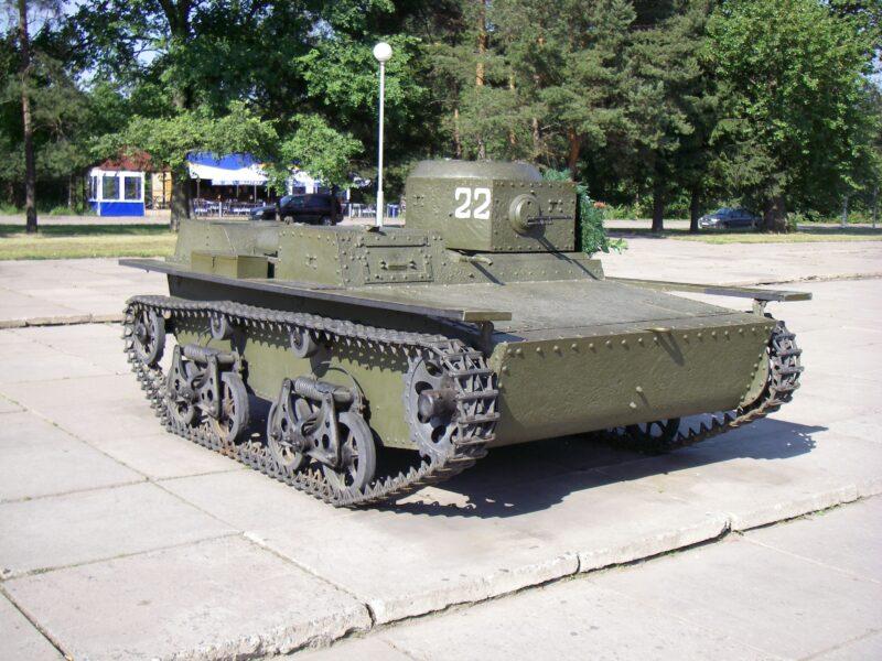 Советский плавающий танк Т-38