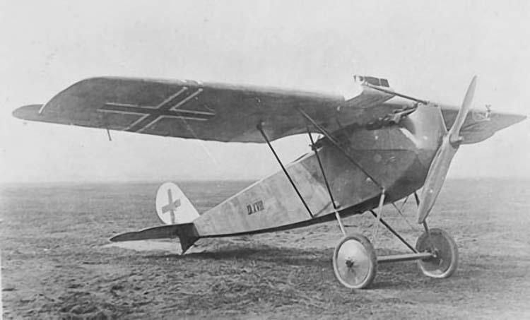 Германский истребитель Roland D.XVII