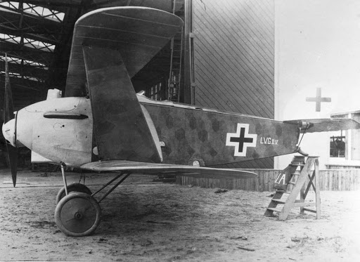Германский истребитель LVG D.V