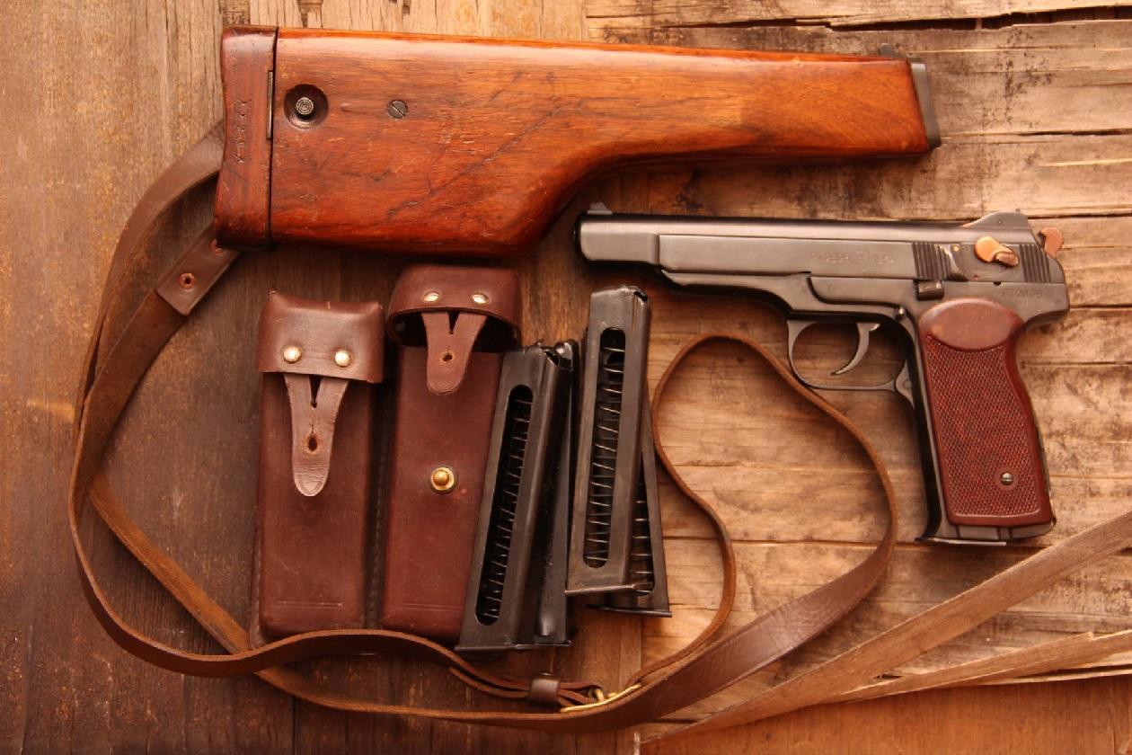 Автоматический пистолет Стечкина АПС (СССР-Россия)