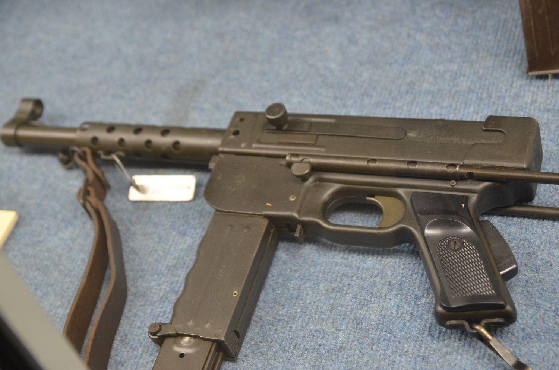 Пистолеты-пулеметы MAS 1938 и MAT 49