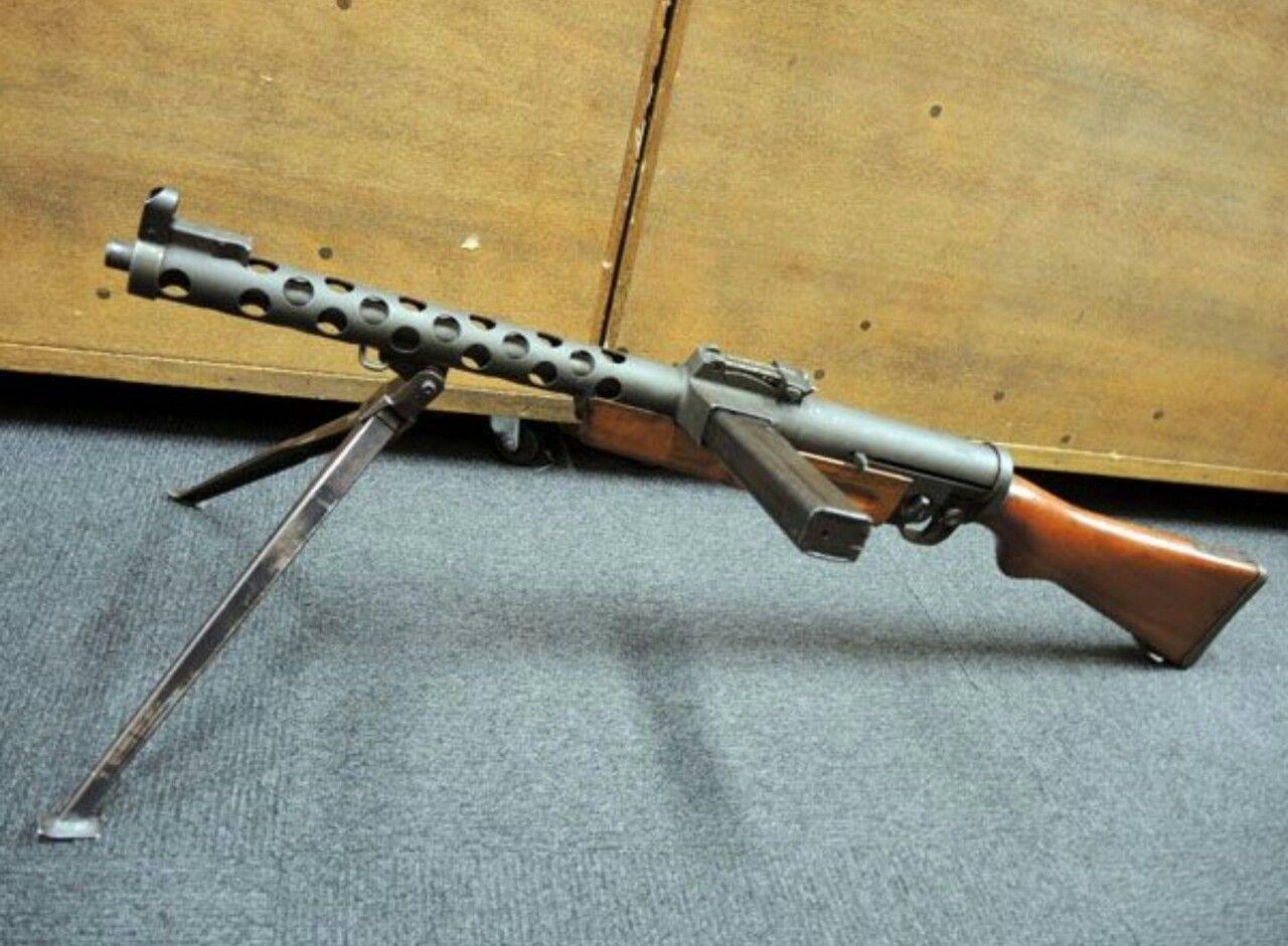 Пистолеты-пулеметы ZK 383 и FNAB 1943