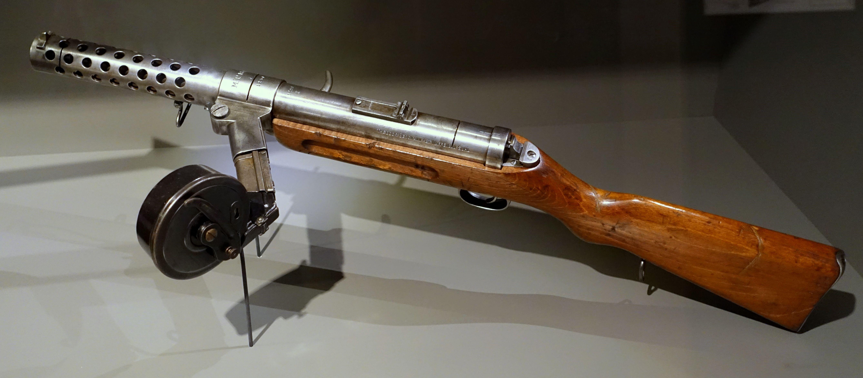 Пистолеты-пулеметы MP 18 и MP 28
