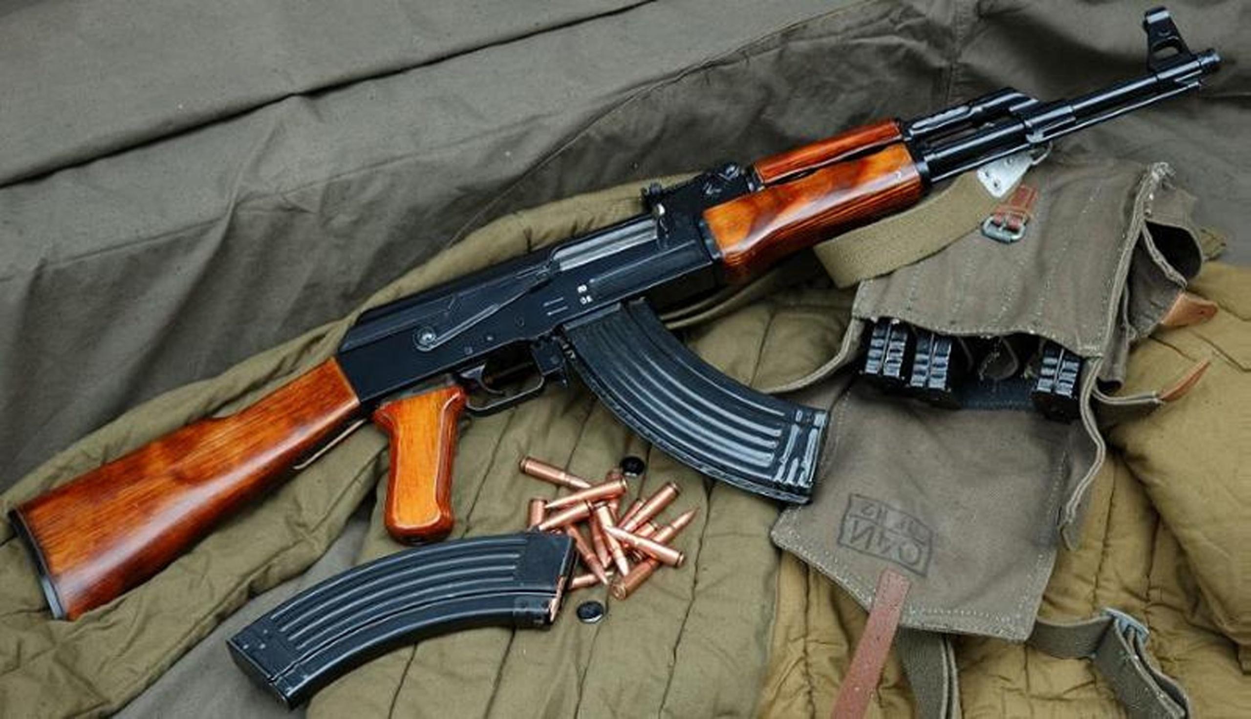 Автомат Калашникова АК-47 (СССР-Россия)
