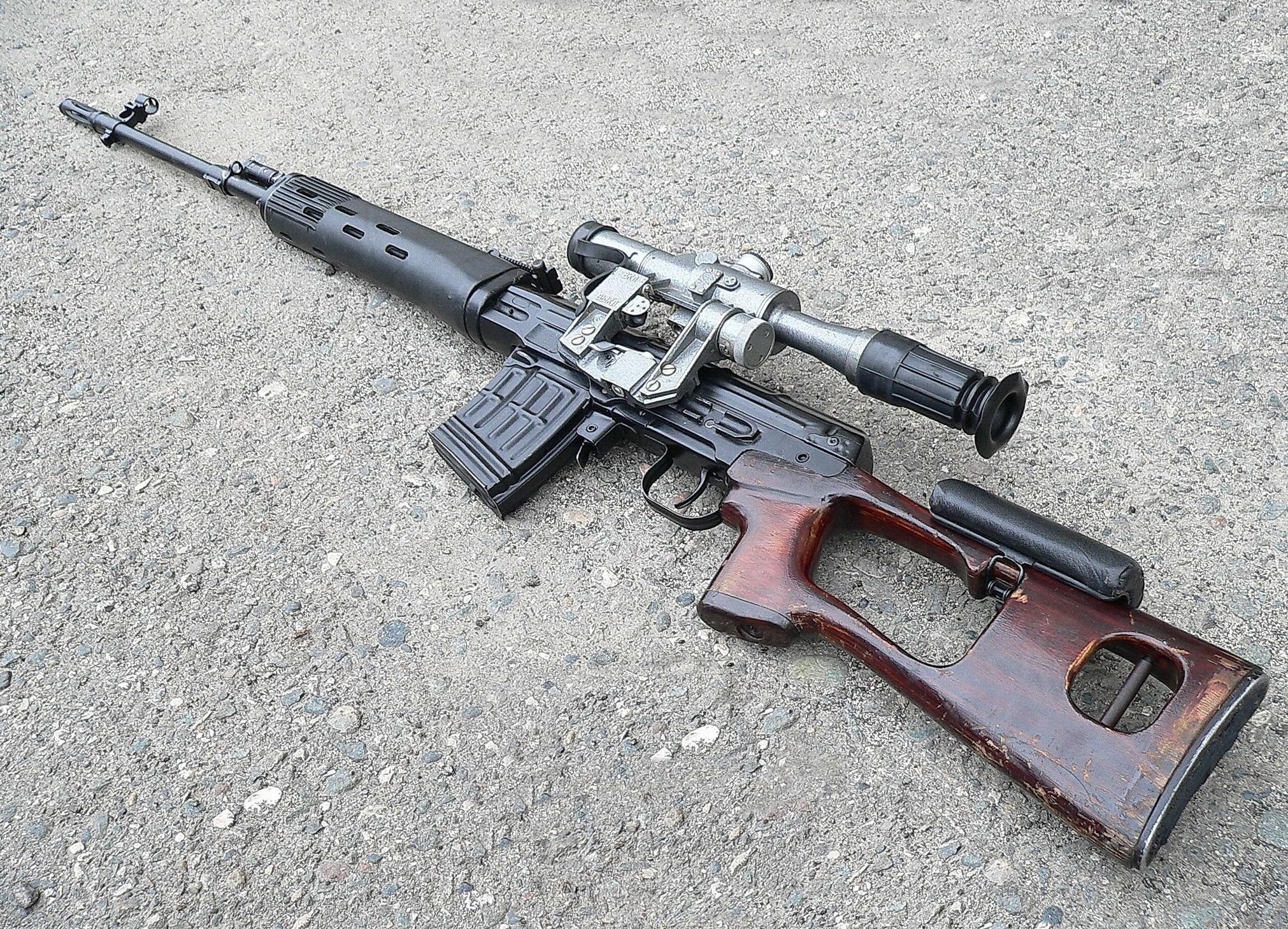Самозарядная снайперская винтовка Драгунова СВД (СССР-Россия)