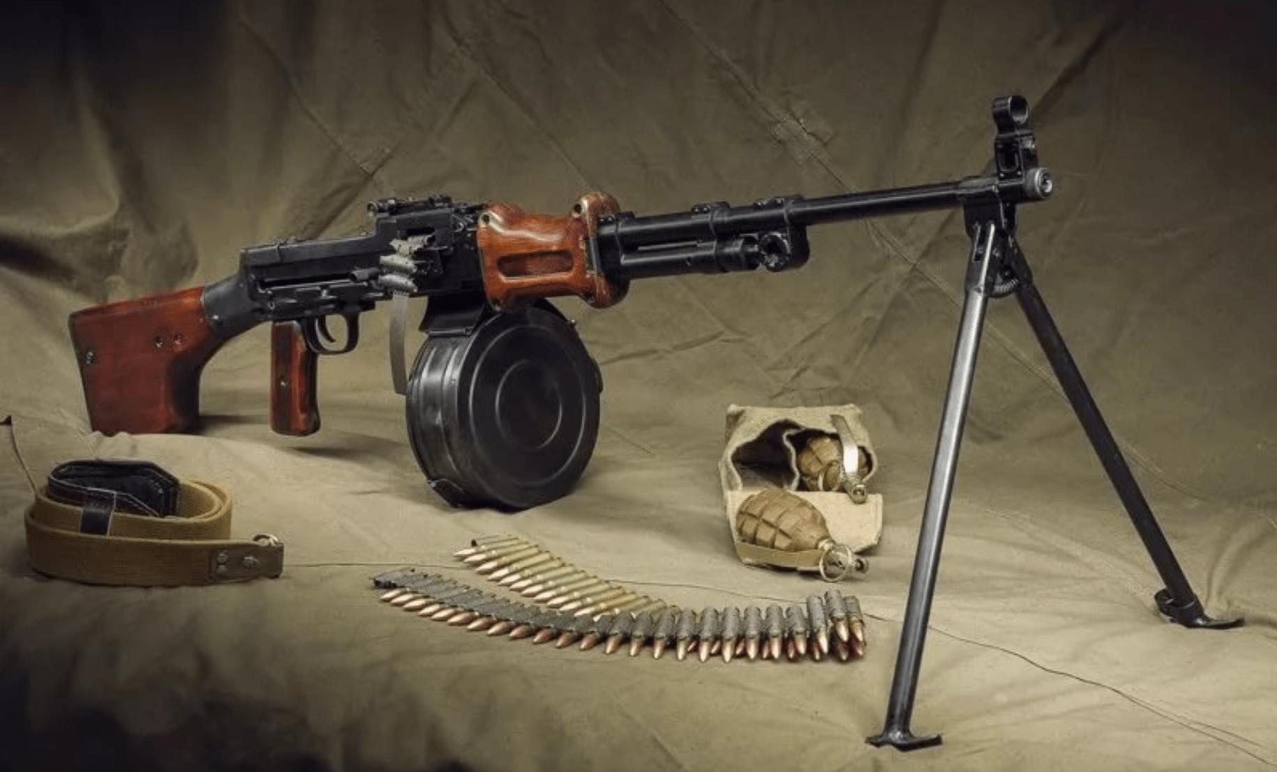 Ручной пулемет Дегтярева РПД-44 (СССР)