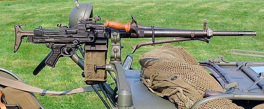 Универсальный пулемет MAS М 52 ААТ (Франция)