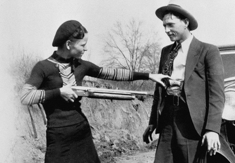 Бонни и Клайд - яркая история преступной любви