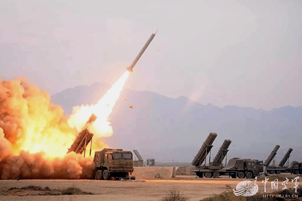 ЗРК средней/большой дальности «Хун Ци-22» (HQ-22)