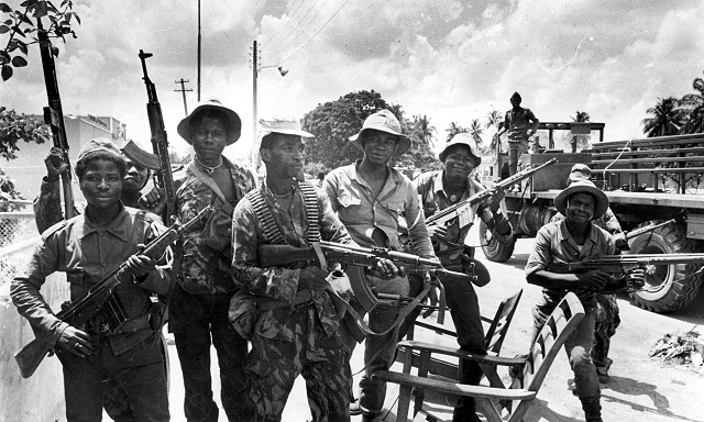 Война в Анголе - как справиться с партизанами?