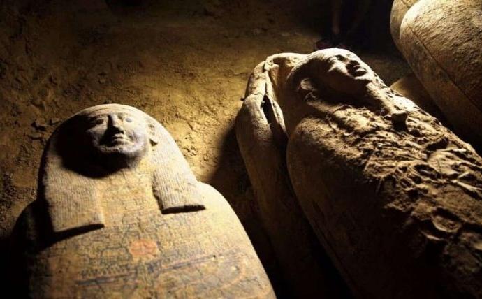 Удивительные артефакты найденные в некрополе Мемфиса
