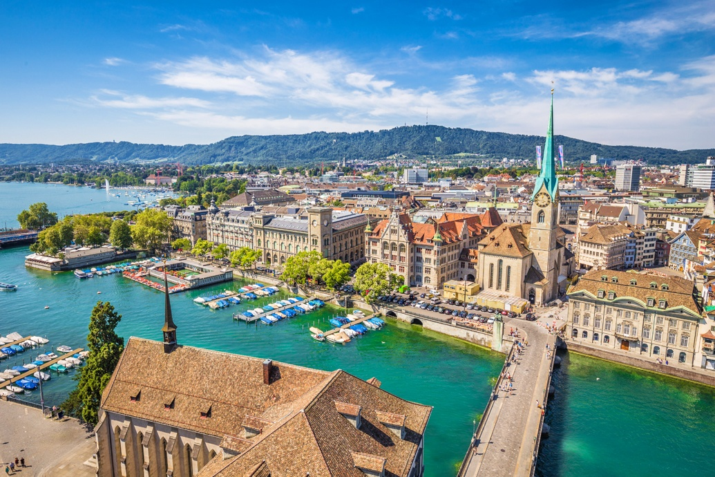 Швейцарский Цюрих - старейший город Европы